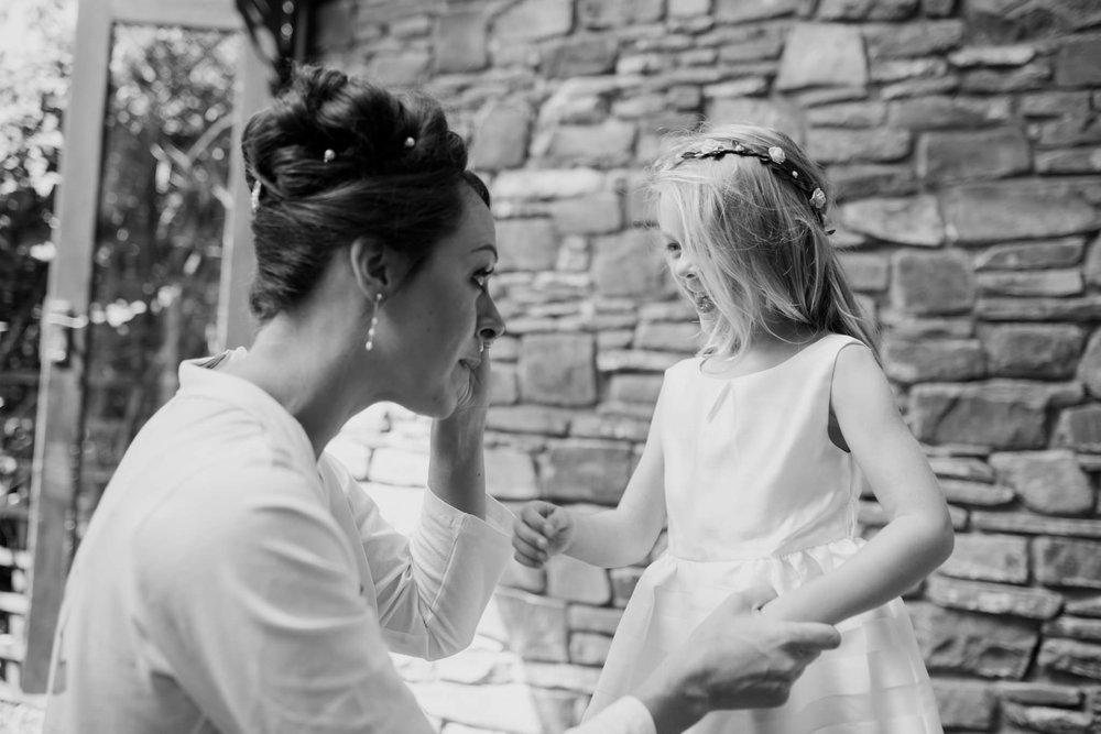 Beaconside House Wedding Photographer 013_.jpg