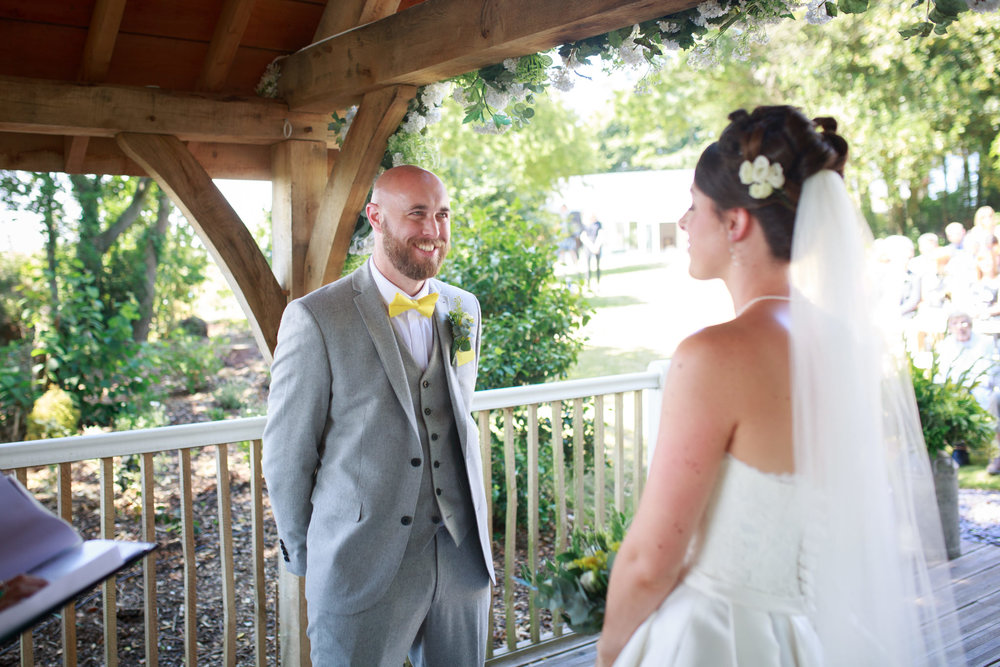 Beaconside House Wedding Photographer 020_.jpg