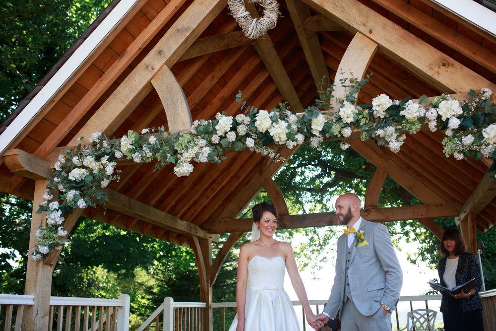 Beaconside House Wedding Photographer 021_.jpg