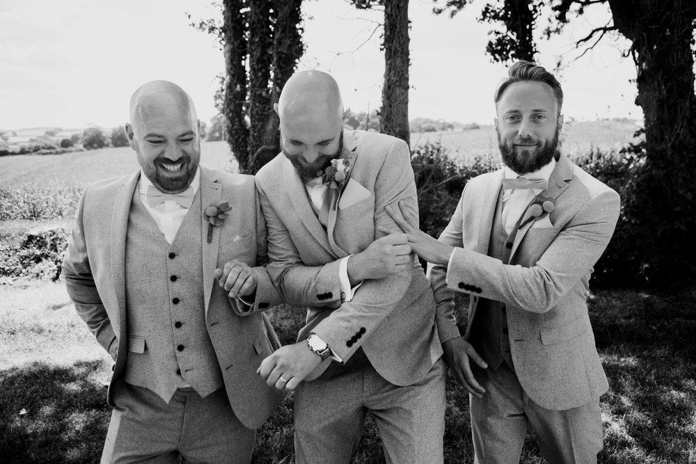 Beaconside House Wedding Photographer 026_.jpg