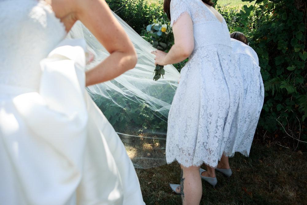 Beaconside House Wedding Photographer 030_.jpg