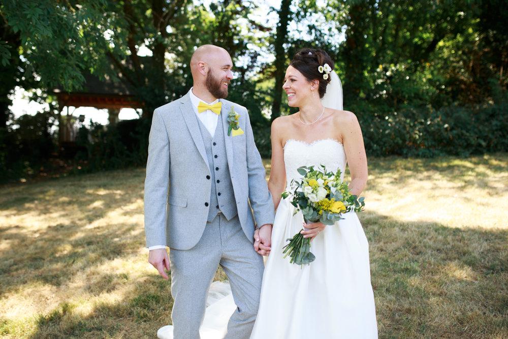 Beaconside House Wedding Photographer 037_.jpg