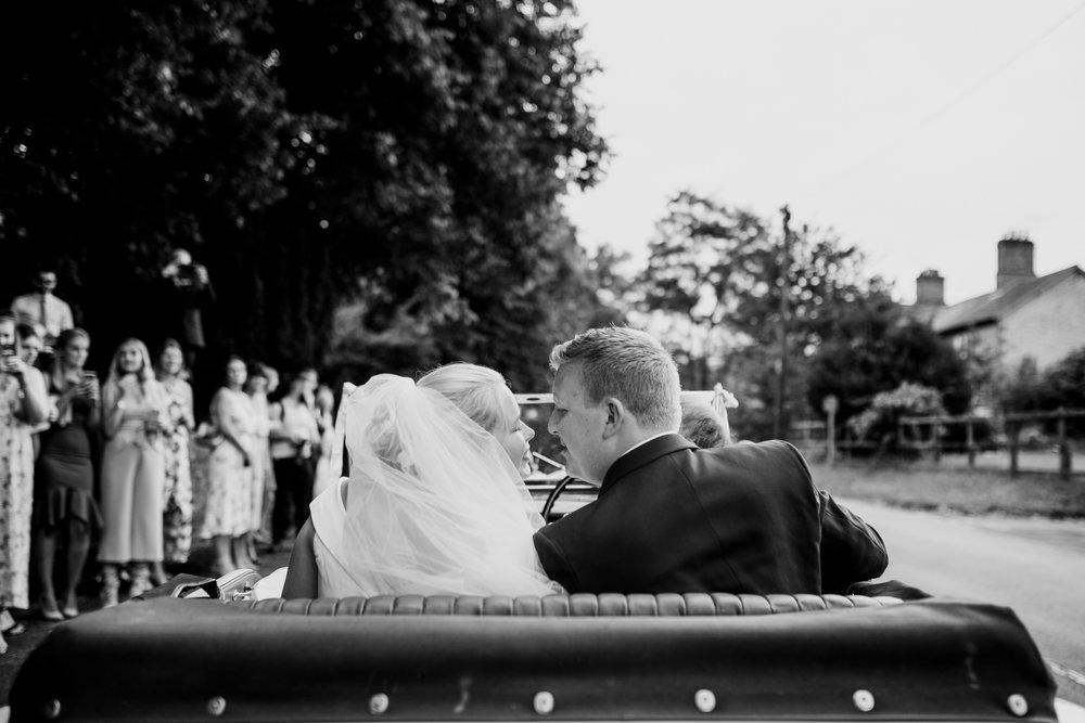 Natural Wedding Photographer 017_.jpg