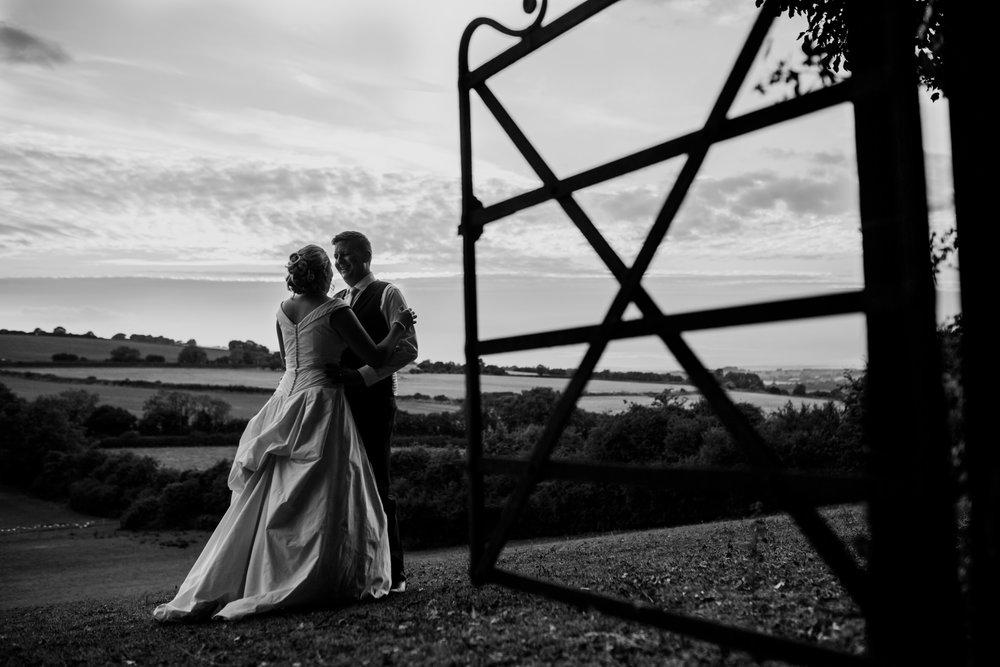Natural Wedding Photographer 036_.jpg
