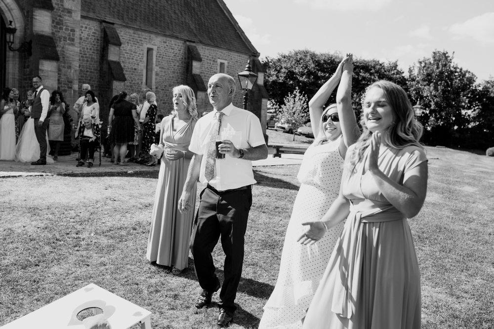 Devon Wedding Photographer002.jpg