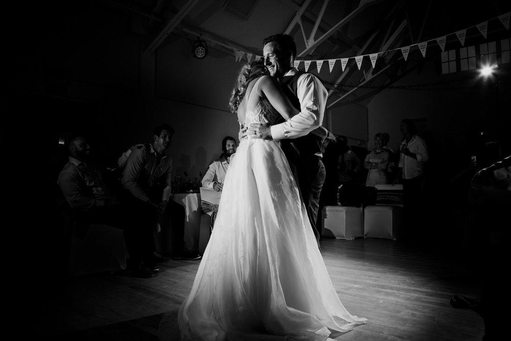 Documentary Wedding Photographer 034_.jpg