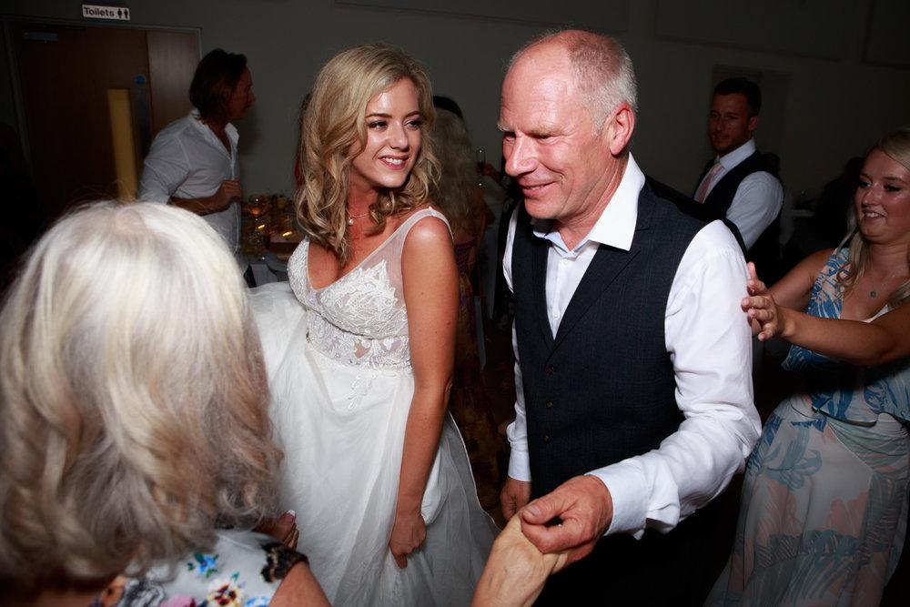 Documentary Wedding Photographer 038_.jpg
