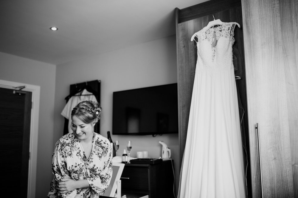 Tunnels Beaches Devon Wedding Photographer 004_.jpg