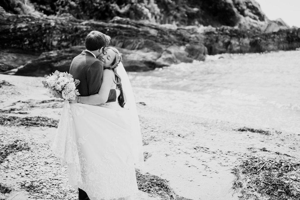 Polhawn Fort Wedding Photographer 020_.jpg