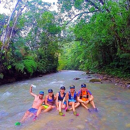 Trail running, friends and a river!! What ells can you ask for?? . . . . #trailrunning #running #ultrarunning #runningcamps #runningholidays #runcations  #run #happyrunner #run #runforlife #instarunners #runningmotivation #runninginspiration #runnerscommunity #athlete  #Training #mountains #nature #motivation  #fit #landscape #trailrun #ecuador #ecuadoramalavida #allyouneedisecuador