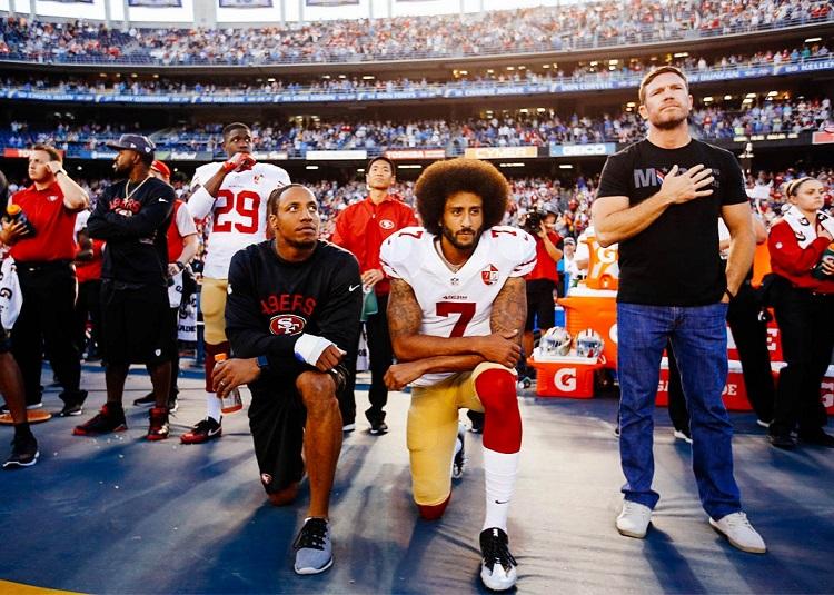 kaepernick-kneels-during-national-anthem-750.jpg