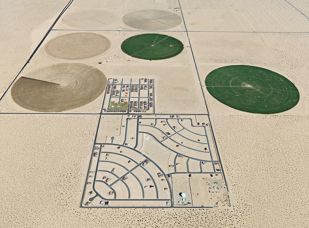Pivot Irrigation / Suburb  South of Yuma, Arizona, USA, 2011