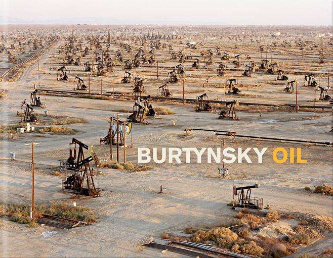 Burtynsky_OIL_Cover.jpg