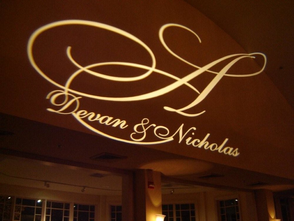 Monogram Bogo - Specialty monogram Bogo can be made with the initials of the couple that can be placed in our premium spotlights. This projection can be on the wall, floor or ceiling.