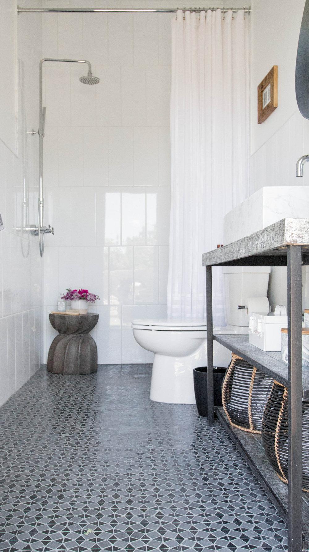 KOA HOUSE_pool bathroom gatsby tile white cement side table outside mount shower 2.jpg