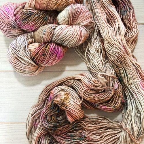 knitting with single ply yarn