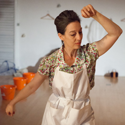 Fiona Millward, Dancer Fiona Millward has worked throughout the UK and abroad as a dancer, teacher and choreographer since 1985 and values immensely the alchemy of collaboration that underpins these various roles. She relishes working in different capacities, whether as performer, rehearsal director, choreographic assistant or project lead, and with artists such as Deborah Hay, Gill Clarke, Rosemary Lee, Alex Howard, Darrell Jones, Charlie Morrissey, Victoria Marks, Fin Walker, Erica Stanton, Yael Flexer, and Stephen Koplowitz. She is a Certified Rolfer and Rolf Movement practitioner. fionamillward.com