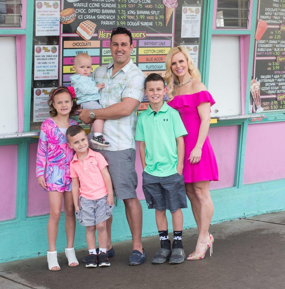 King-Kone-Ice-Cream-Chardon-Cleveland-Family-The-Hewitts