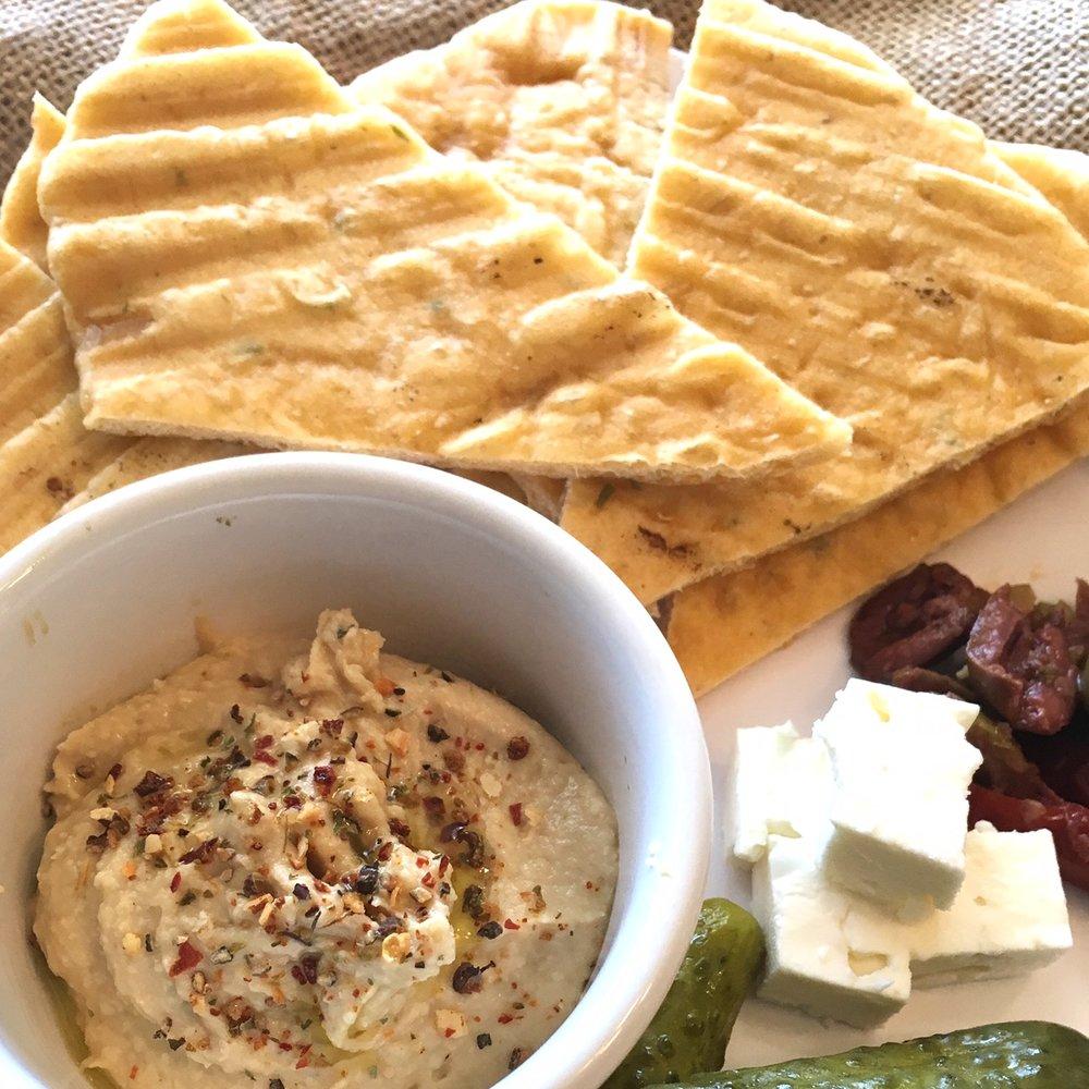 Cheesy Flatbread & Hummus