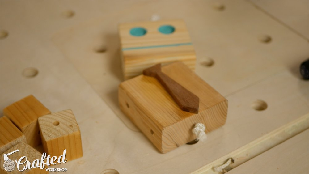wooden-toy-robot-homemade-diy