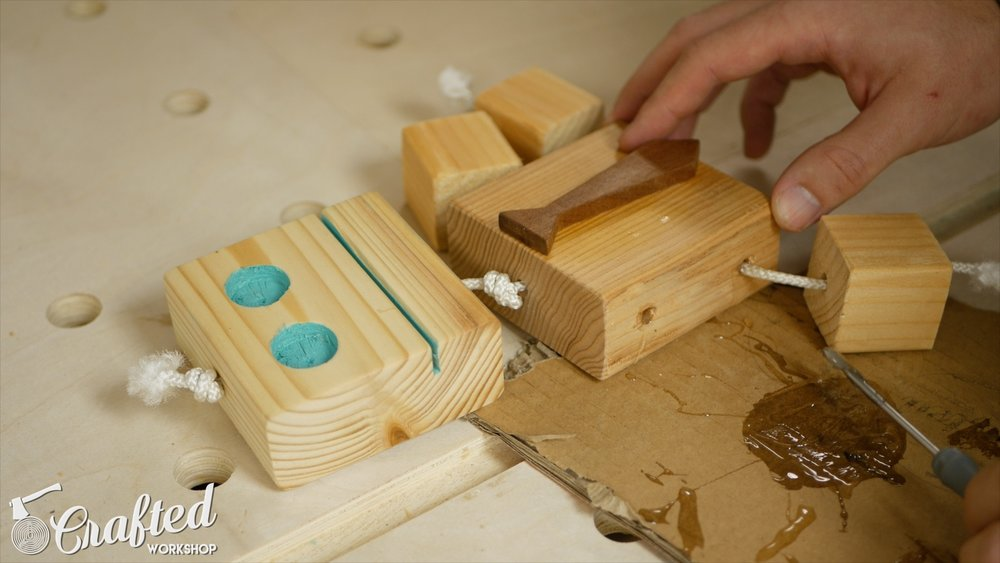 wooden-toy-robot-homemade-diy-12