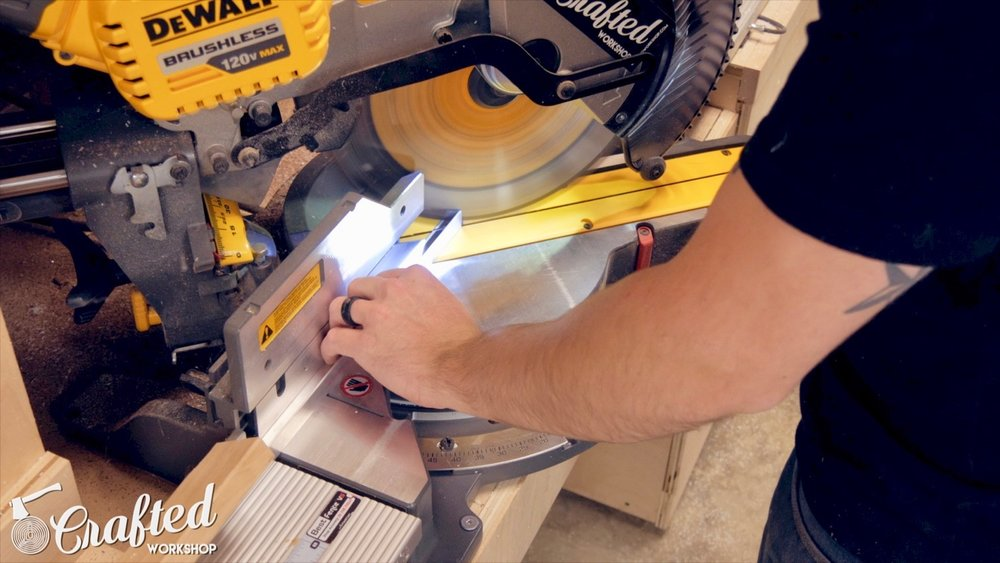cutting aluminum angle on dewalt flexvolt miter saw
