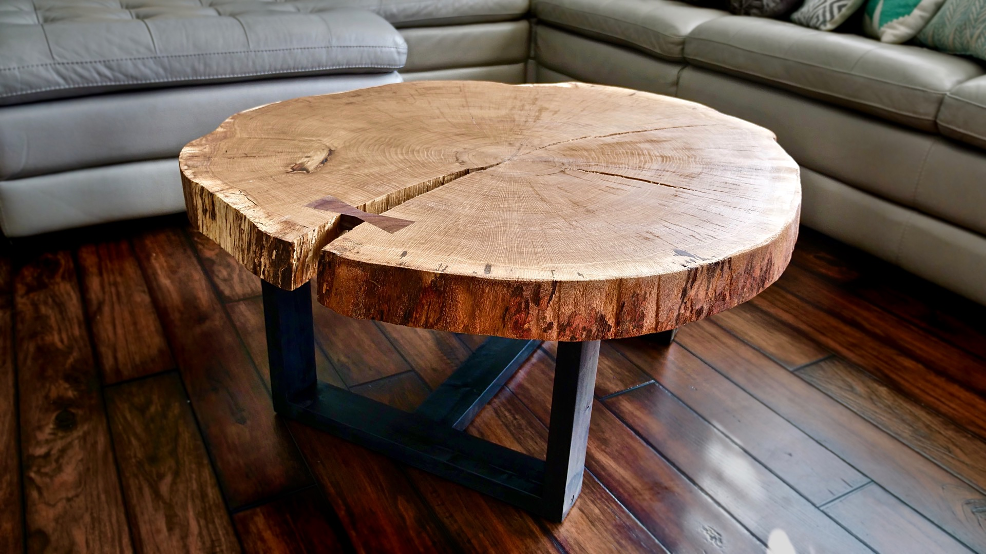 Live Edge Coffee Table, How To Flatten A Live Edge Slab   Woodworking