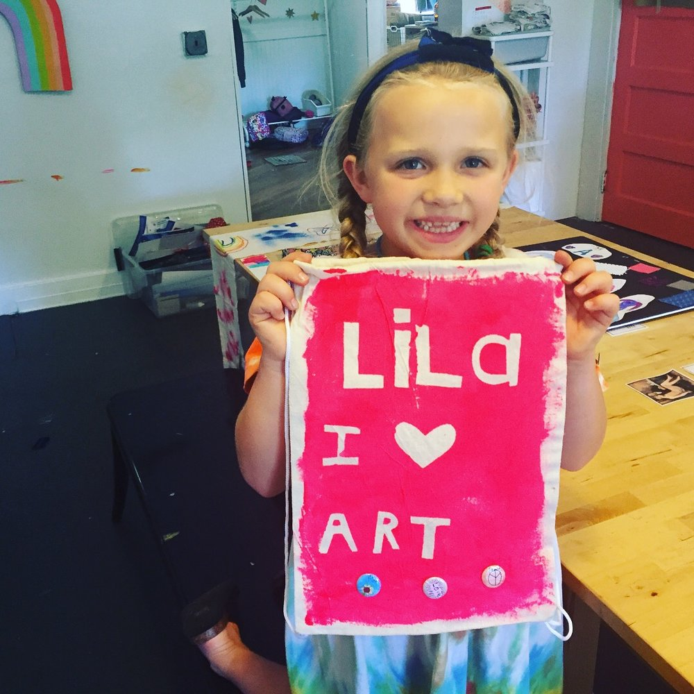 After School Art Classes   Join us in the studio after school for art class! These 4 week Mixed-Media classes are for children in 1st-5th grade.
