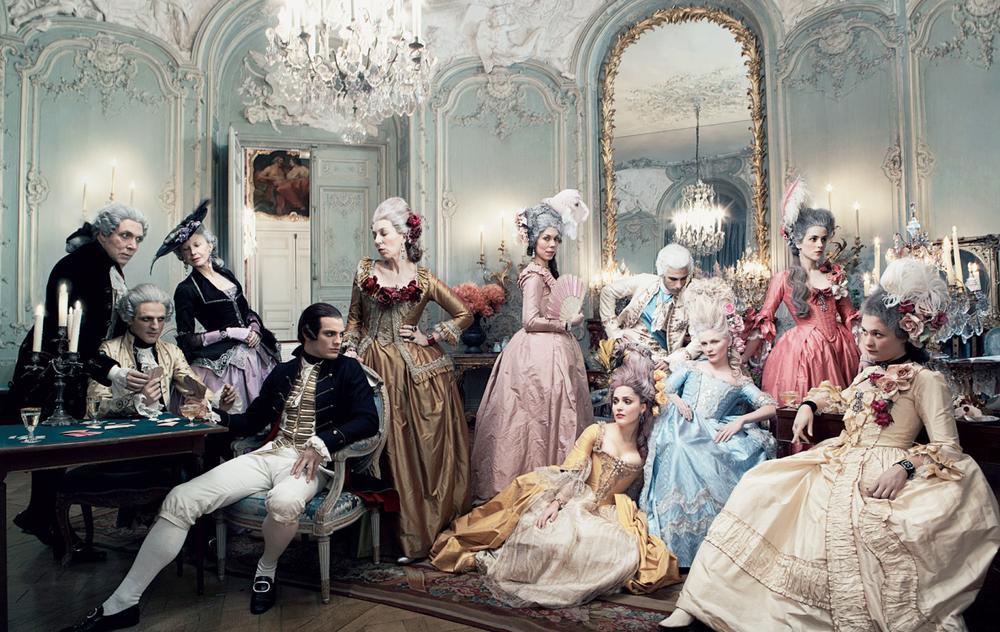 Image Source:Sofia Coppola´s Marie Antoinette shot by Annie Liebovitz for Vogue, 2006