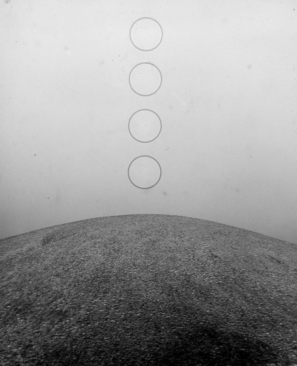 moonsm.jpg