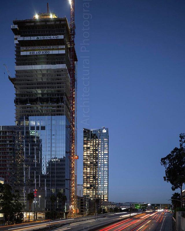 Metropolis DTLA #archidaily #architecturelovers #architecturephotography #metropolis