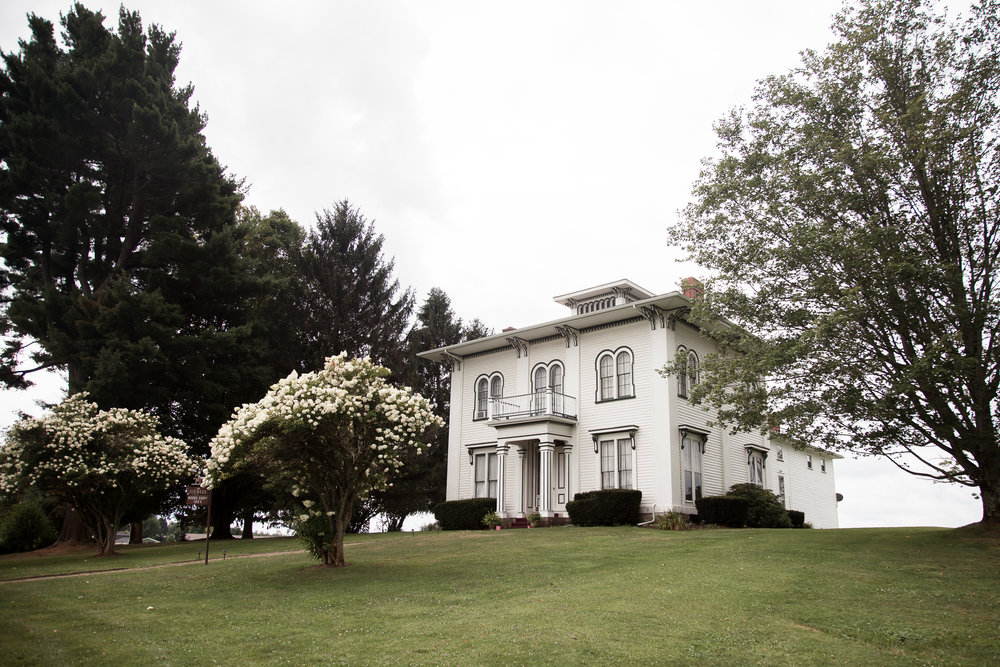 Gandjos_Tinko_BackSeatPhotography_backseatphoto1.JPG