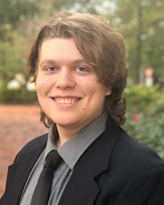 Cody Cater (2021)   Major : English