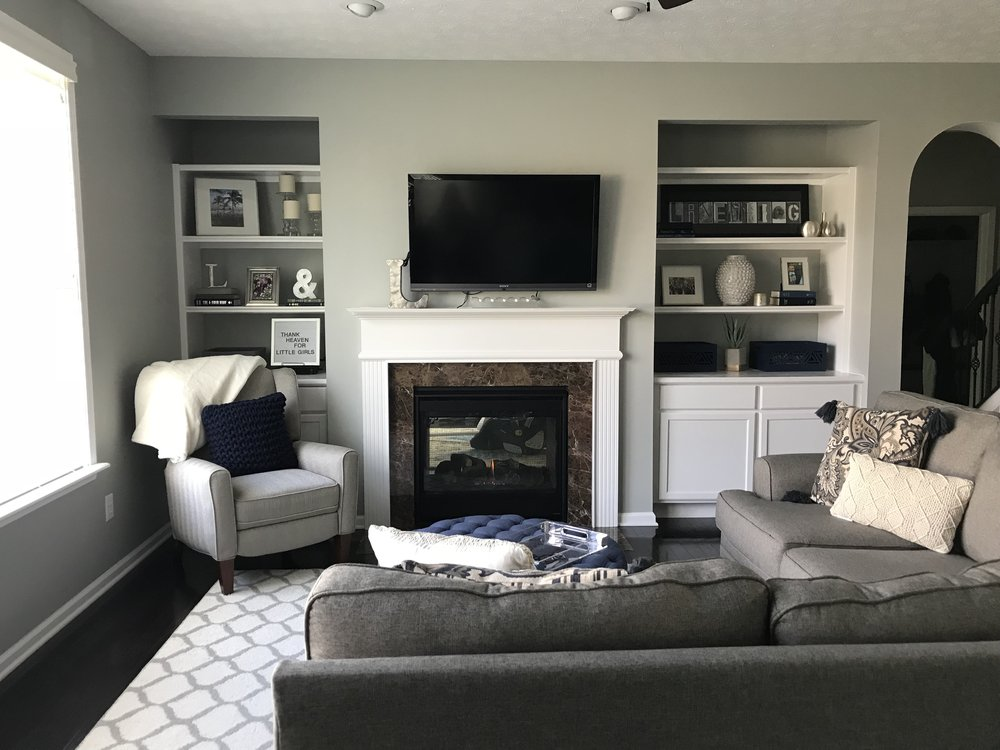 Classic Family Room - The Baer Minimalist
