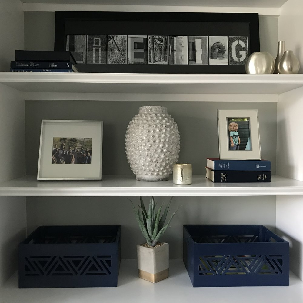 Styled Bookshelves - The Baer Minimalist