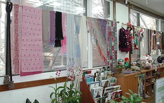My Knit - Address: 3F 144 Gwanhun- Dong Jongno-gu Seoul 110-300 KoreaPhone: (82-2-) 722-0006http://myknit.com/