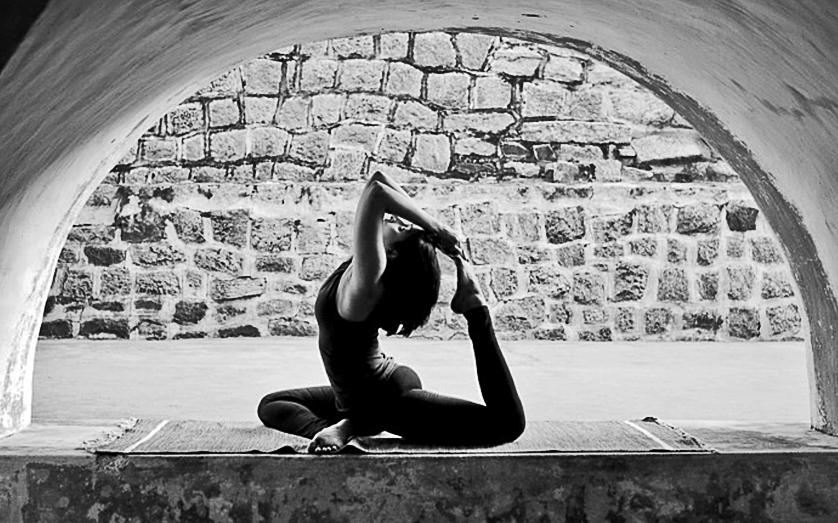 YogaPigeonPose.jpg