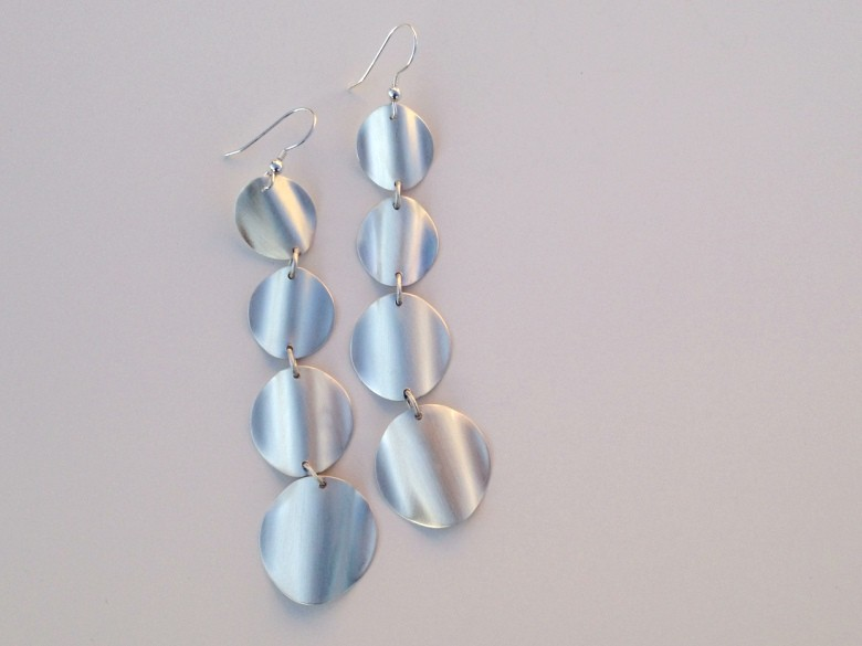 Four-tiered Wave earrings