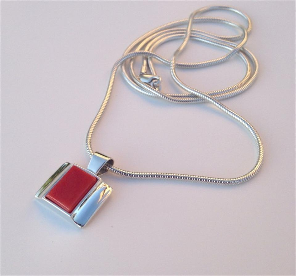 Silver coral pendent with chain