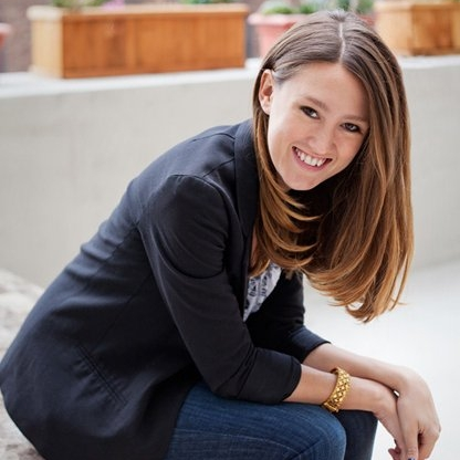 How Laura Roeder used her tribe to pivot to $2.5M in just 18 months     -  Laura Roeder, Founder of  Meet Edgar