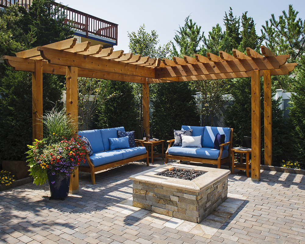 OUTDOOR LIVING-Reynolds (16).jpg