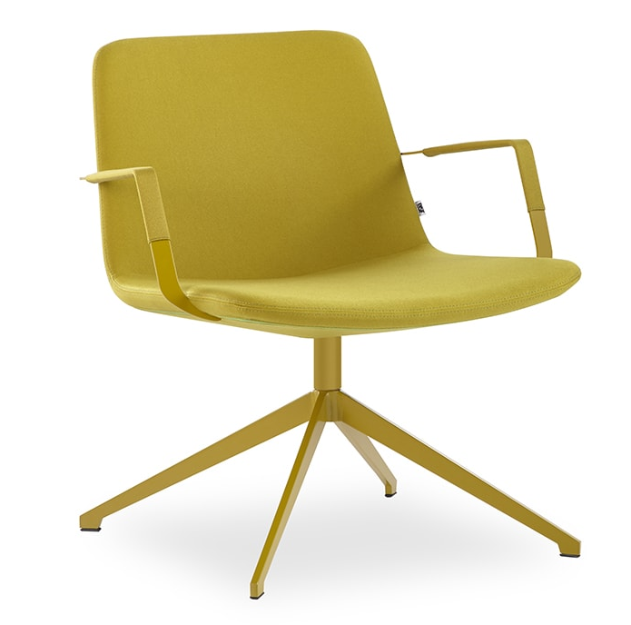 Pera Lounge Chair