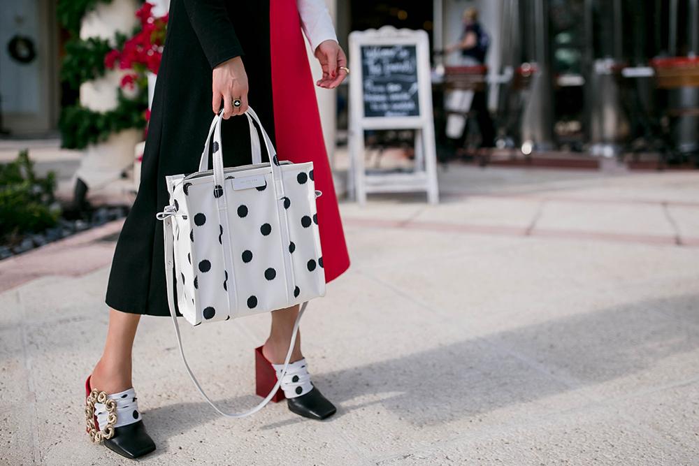 polka-dot-tote-bag-shoes.jpg