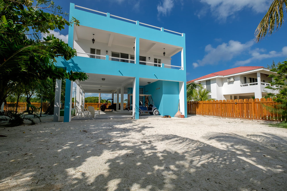 Casa Duke rents fully furnished with washer/dryer, refrigerator, stove/oven, dishwasher, microwave, water dispenser, small appliances, dishes, and cookware.  The home has air conditioners and ceiling fans in each room, and there is a back-up generator.