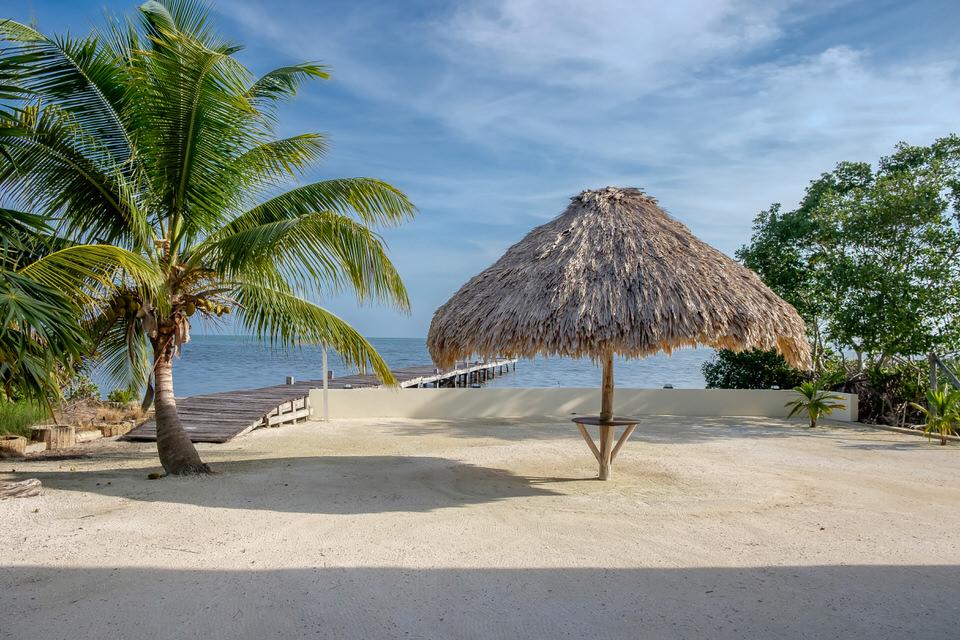 Casa De Mango Beach