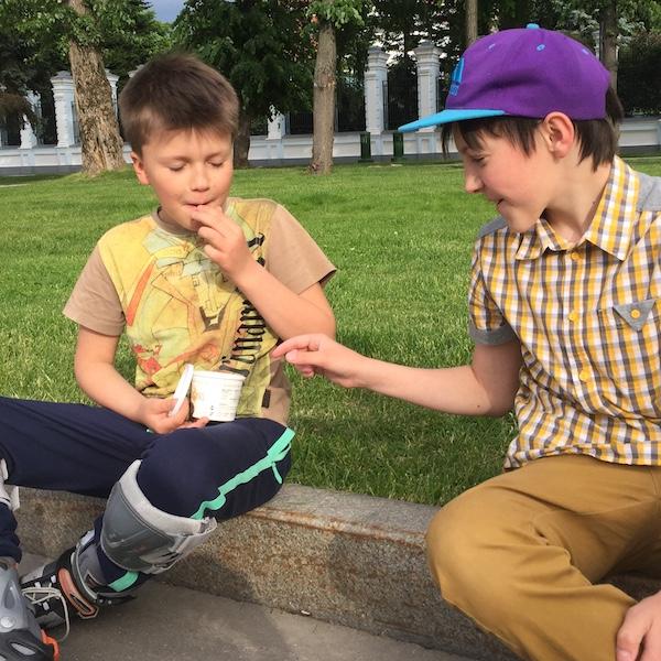 a Kids Love Chips.jpeg
