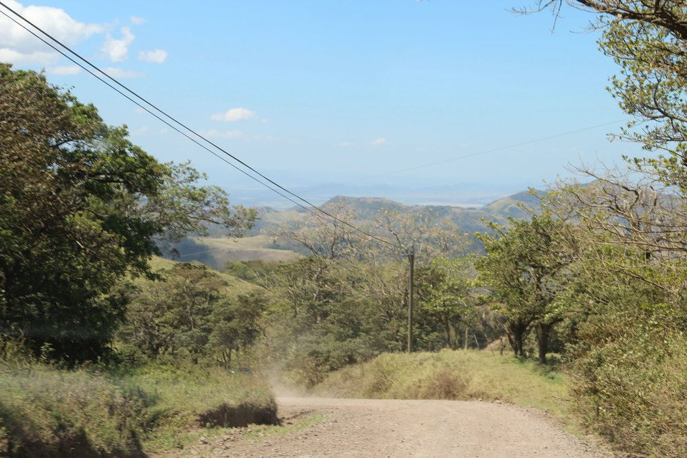 One of the many dirt roads between Tileran and Monte Verde. By the time we made it back onto tarmac late in the day I had lost my sense of humor.
