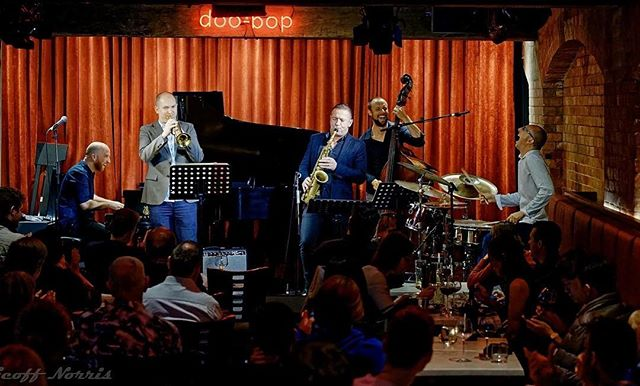 Thanks to Geoff Norris for this great photo from last night's gig. What a night! We had a blast (as you can tell!). Hope to see you again soon, Brisbane.  #speedballtheband #jazz #wehavemovedtour #doobopjazzbar #brisbane #australianjazz  @matjodrell @mackeysax @gwindsor @anningsam @dsusmusic
