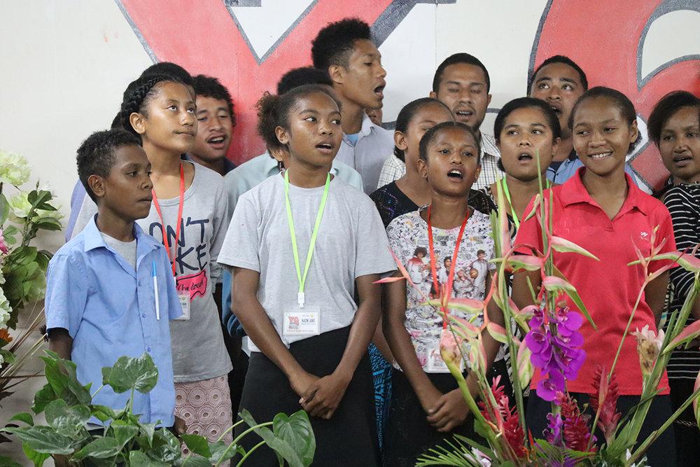singers 5.jpg