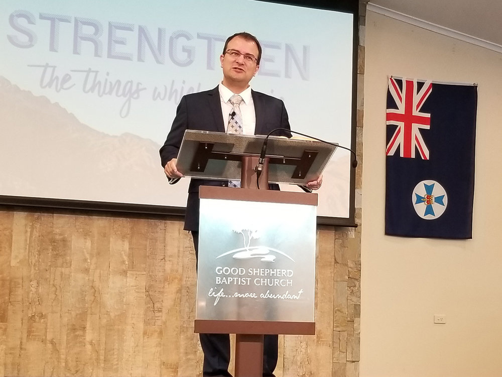 Pastor Nathan Lloyd.jpg